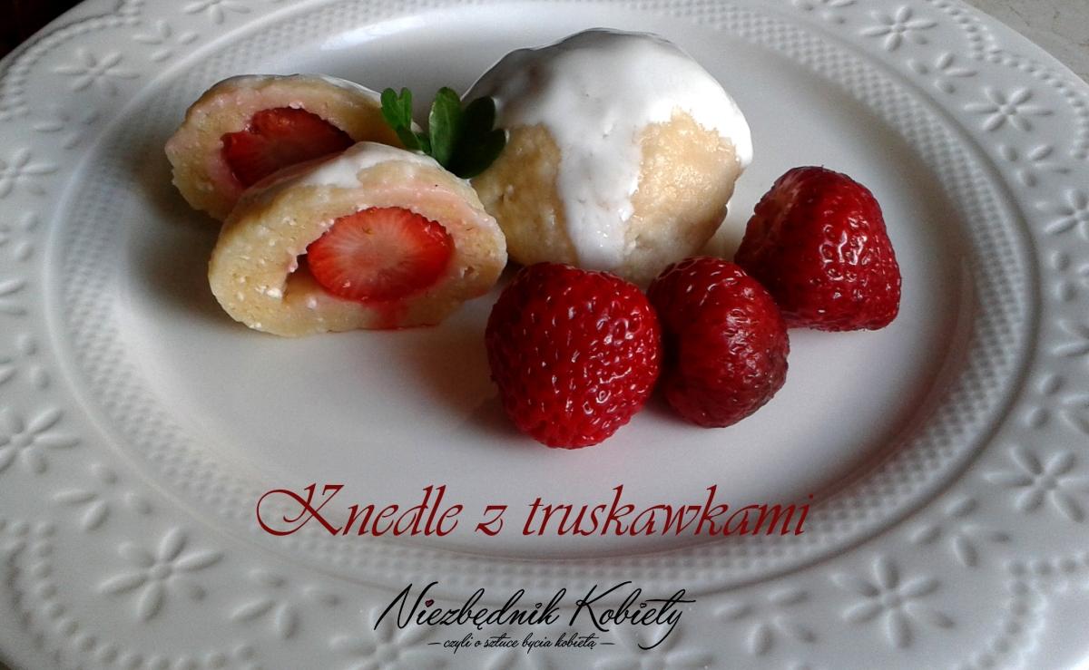 Knedle z truskawkami - przepis bez ziemniaków!