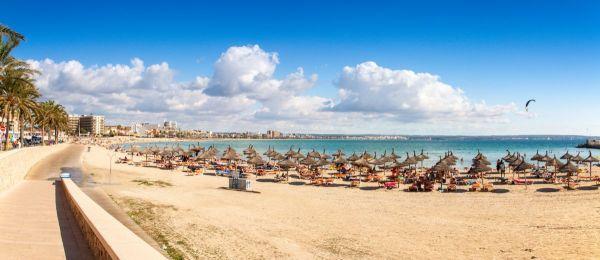Platja de Palma Beach, Mallorca, Balearic Islands, Spain - zdjęcie pobrano z www.traveloppa.com
